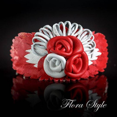 Luxurious genuine leather collar for the Italian greyhound, Chinese crested dog, Poodle, Greyhound - Red with White Roses